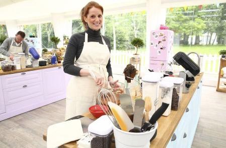 Le livre de la gagnante Anne Sophie Le meilleur pâtissier saison 3 / Crédit : Marie ETCHEGOYEN/M6