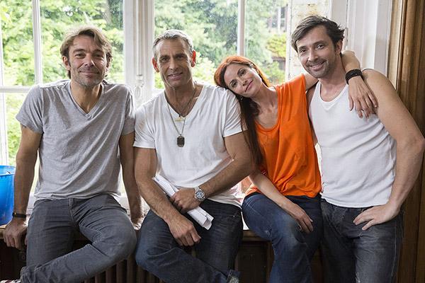 La bande les mystères de l'amour saison 7 avec Marie très présente /  Photo : Julien Knaub-TMC