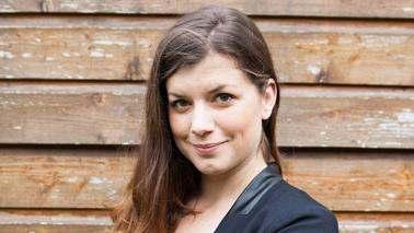 Elsa Gody dans Un trésor dans votre maison M6 en 2015 : biographie qui est-elle ?