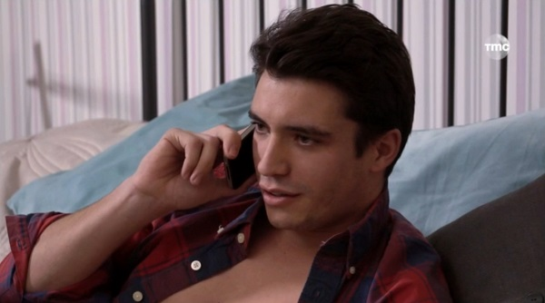 Tom le beau gosse des mystères de l'amour ? #LMDLA