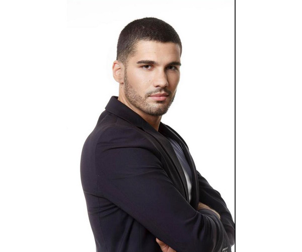 Avis et commentaires sur Medhi d'Hollywood Girls 4 #HG4  / Photo NRJ12