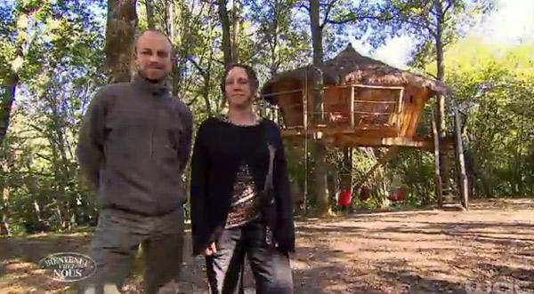 Avis et commentaires sur les cabanes de charlotte et sylvain dans Bienvenue  chez nous / Capture écran