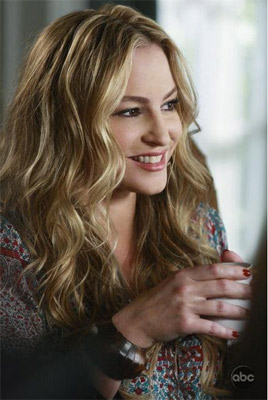 Drea del Matteo dans Shades of Blue ex Deperate Housewives / Photo ABC