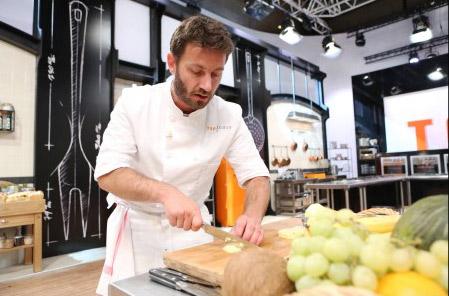 Julien a quitté Top chef 2015 / Crédit : PIERRE OLIVIER/M6