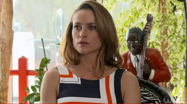 Ingrid démasquée ou va-t-elle mettre dans sa poche Anthony de la police ?