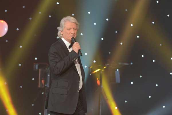 Patrick Sébastien ou Nikos pour le 20 juin 2015 et la fête de la musique : qui est le meilleur ?