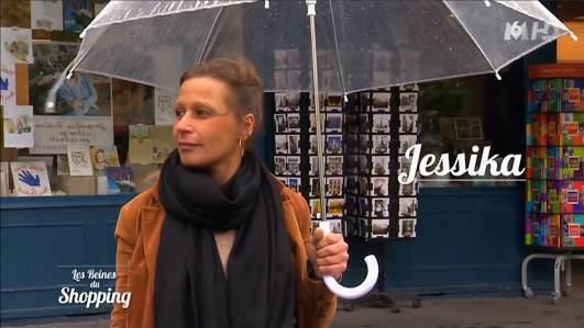 Cristina Cordula va juger le shopping et défilé de Jessika dans les reines du shopping
