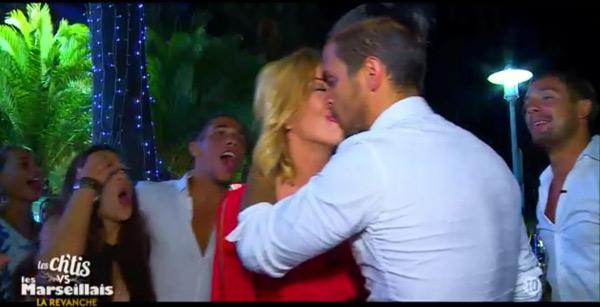 Le baiser de Gaelle et Julien dans les chtis vs les marseillais la revanche de W9 #LCVSLM