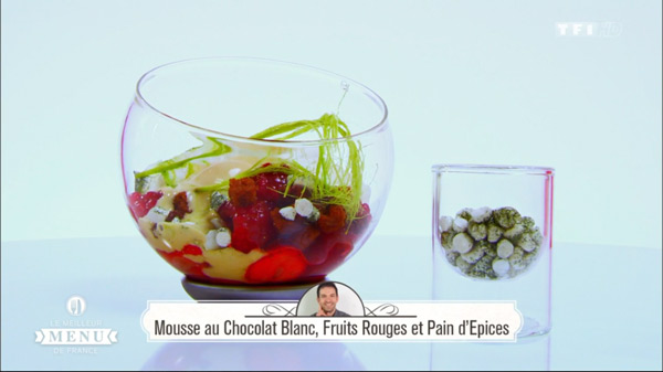 Recette dessert de Laurent Peugeot : Mousse au chocolat blanc, fruits rouges et pain d'épices