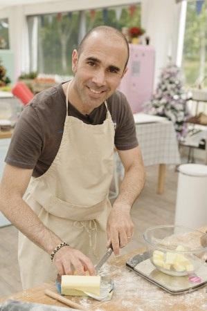 Vos avis sur Cyril du meilleur pâtissier de M6 / Photo Lou Breton