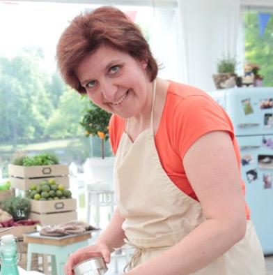 Vos avis sur Carine du meilleur pâtissier M6 / Photo Lou Breton