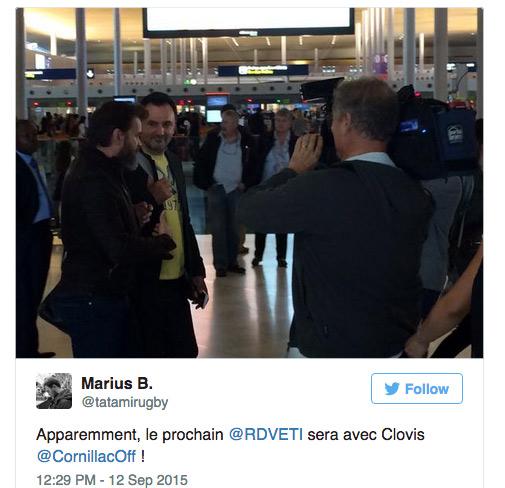Photo à l'Aeroport de Clovis Cornillac et Frederic Lopez pour Rendez vous en terre inconnue