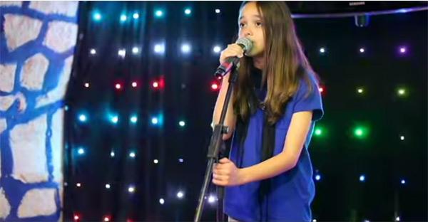 La jeune Eyma de The Voice Kids 2 : vos commentaires et avis sur la chanteuse