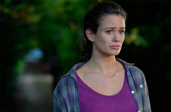 Lucie Lucas dans la série Le secret d'Elise sur TF1 : changement de registre