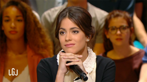 Martina Stoessel : série Tv, film et album .. de passage au Grand Journal / Capture écran