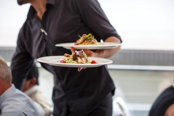 Chef cuisinier recherche l'amour pour D8 / © Irina Schmidt /shutterstock.com