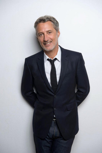 Exit Le Grand Journal, bienvenue dans l'émission d'Antoine de Caunes / Photo Xavier Lahache