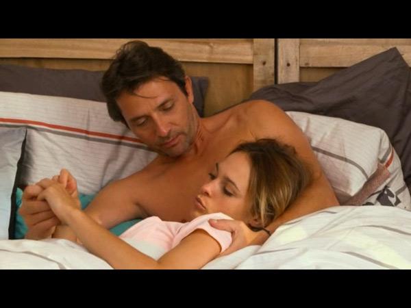 Christian et Chloé amoureux en secret
