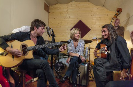 Wendy Bouchard, Boï et Thomas Dutronc dans Zone Interdite  / Crédit : Patrick ROBERT/M6