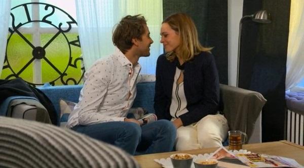 Chloé et Sylvain sont amoureux mais ne disent rien à Christian