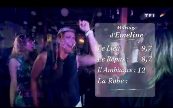 Les notes du mariage d'Emeline basses à cause de Sabrina qui notent toujours en dessous de la moyenne : 12 pour l'ambiance, 8,7 pour le repas et 9,7 pour le lieu