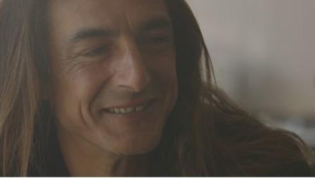 Pépito est dans Les Gitans de Zone Interdite sur M6 / Capture écran