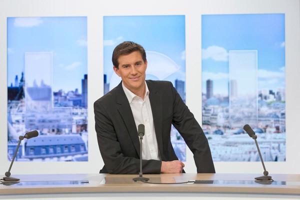 Romain Hussenot vs Julien Arnaud sur LCI à la tête de La newsroom : quel est votre préféré ? / Photo LCI