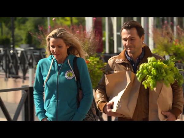 Après Ingrid, Anthony est séduit par Béné : va--t-elle craquer malgré qu'elle soit en couple avec Jimmy ?