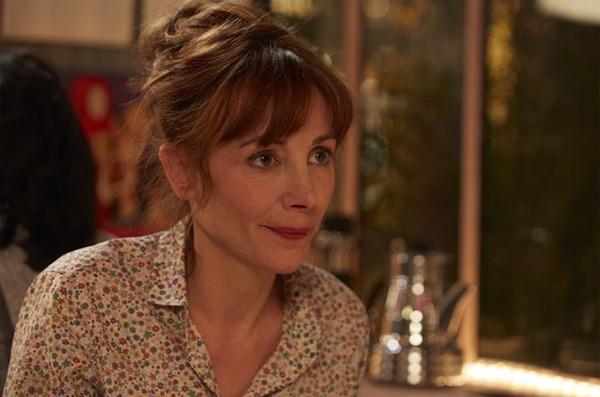 Julie Depardieu dans la fiction de France 2 sur le mariage pour tous / Photo : Les Yeux jaunes des crocodiles / Wild Bunch Distribution