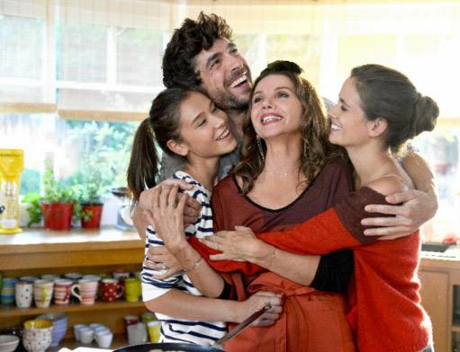Salomé (nouvelle actrice), Clem, Caro et Adrian