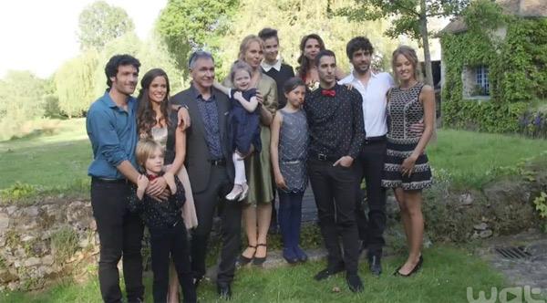 Photo de famille Clem saison 6 : il manque Xavier et Dimitri / Anouchka