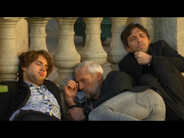 Sylvain et Christian + John complètement HS au petit matin