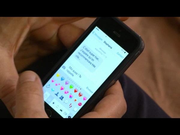 Le SMS Stéphanie - Peter