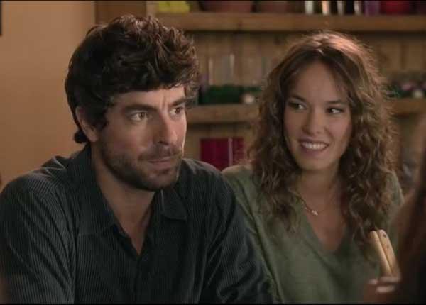 Adrian et Alyzée couple glamour...mais Adrian cache la vérité !
