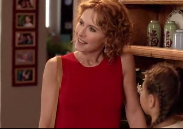 Nathalie is back : elle va mettre le bazar dans la vie de Xavier et Caro