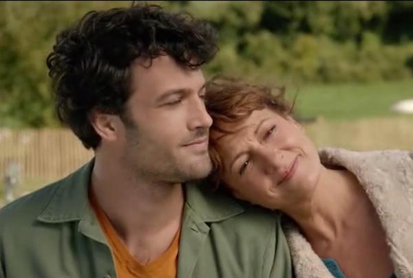 Jérôme et sa mère Babeth se retrouvent : elle lui demande pardon