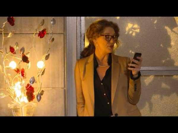 Johanna continue de manigancer avec Etienne, Mr Chang : va--t-elle être démasquée?