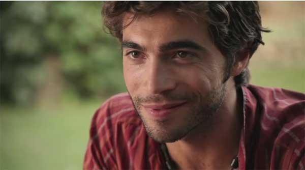 Marco le bachelor NT1 est aussi un acteur... craquant !!