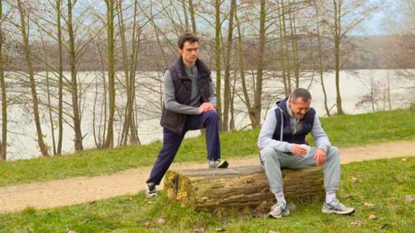 JM et Julien en pleine discussion sur le frère jumeau qui n'existe pas