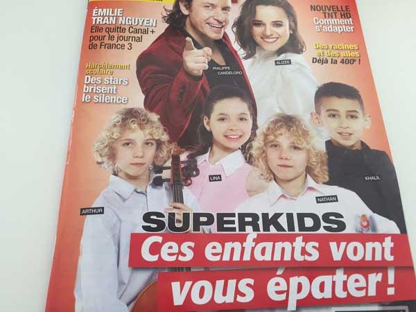 Les enfants de Superkids sur M6 / Photo Télé Magazine du 2 au 08/04
