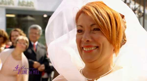 Maria de 4 mariages pour 1 lune de miel avec sa robe de mariée