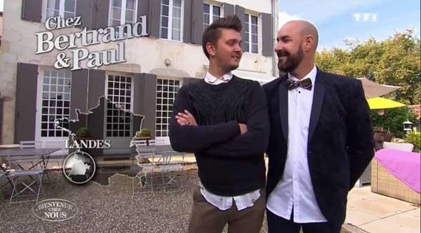 Avis et commentaires sur la maison des dandys Bertrand et Paul dans Bienvenue chez nous