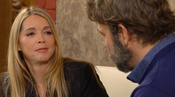 Hélène et Nicolas toujours plus proches... et complices.