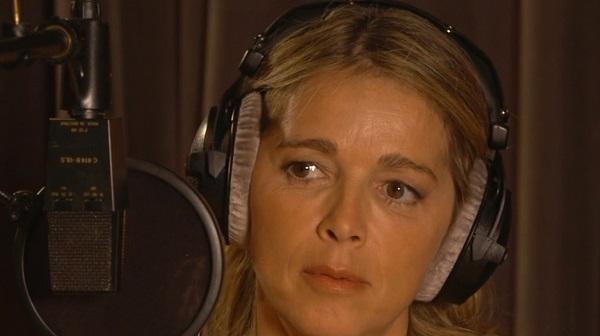 Hélène est en studios pour enregistrer les titres de son futur album (?)