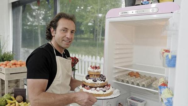Vos avis sur les recettes de Philippe Candeloro dans le meilleur pâtissier : pas beau mais bon?  ;)