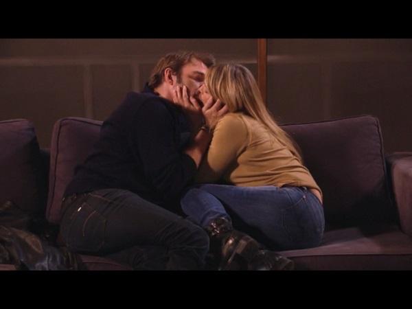 Hélène et Nicolas le bisou dans #LMDLA saison 12 épisode 21