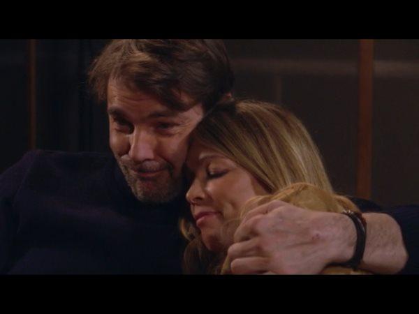 Amitié ou amour entre Hélène et Nicolas : José est heureux de voir ce fameux baiser