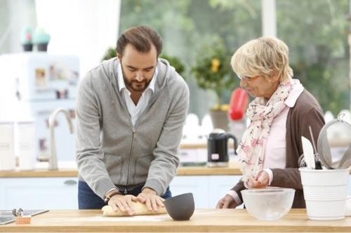 Cyril Lignac aime Le meilleur pâtissier célébrités sur M6