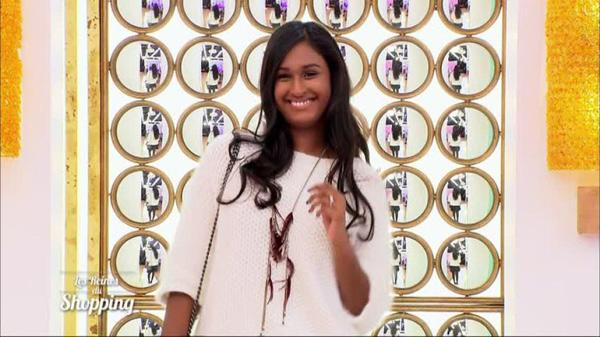 La jolie Mindula est de retour dans les reines du shopping de M6