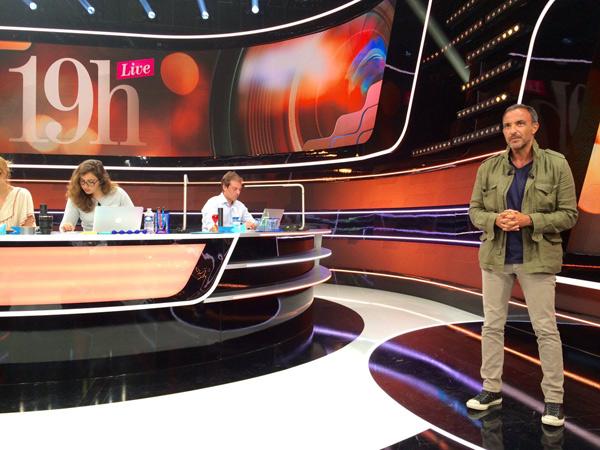 Vos avis sur 19h Live avec Nikos Aliagas en direct / Photo twitter